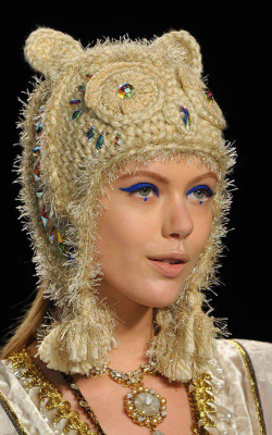 Женские вязнаые шапки фото 3