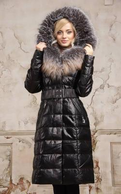 Женский кожаный зимний пуховик с мехом 3