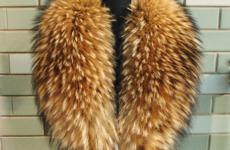 Как почистить меховой воротник пальто