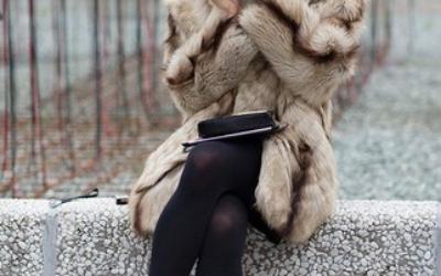 Выбор подходящей под шубу обуви — залог стильного образа