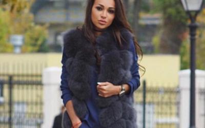 Модные рекомендации: с чем носить длинный меховой жилет