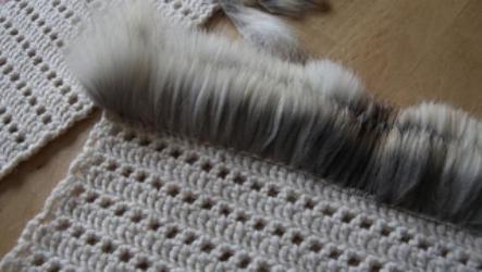 Техника вязания мехом: что понадобится для создания оригинальной вещицы?