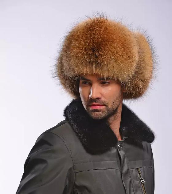 Подбираем стильную мужскую меховую зимнюю шапку - Моя шубка e2ff43cdaf888