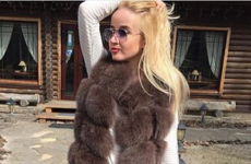Модные меховые жилетки 2020