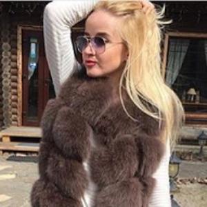 Модные меховые жилетки 2018