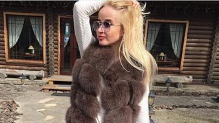 Модные меховые жилетки 2021