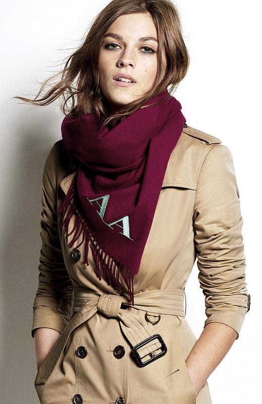 как завязать платок на пальто