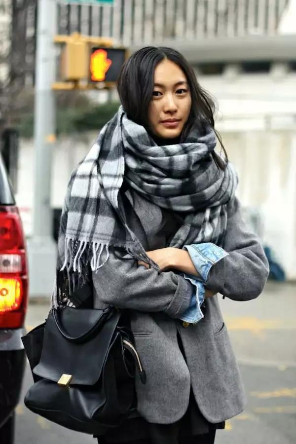 как завязать шарф под пальто луки