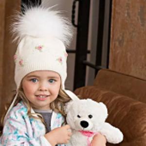 Какие бывают модели детских меховых шапок для девочек и мальчиков?