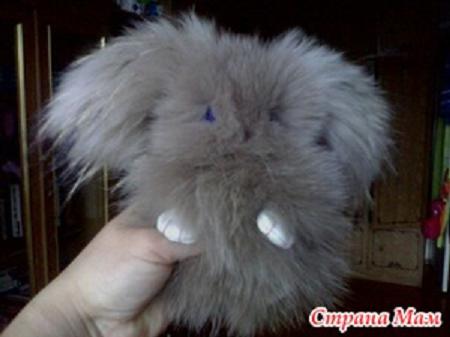 брелок кролик из меха своими руками