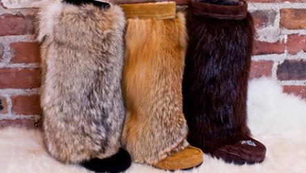 Зимние женские меховые унты 2021: с чем носить, разновидности и модные тенденции