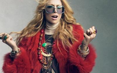 Красная шуба. Модные образы