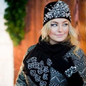 Женский комплект шапка, перчатки, шарф – модели 2018-2019
