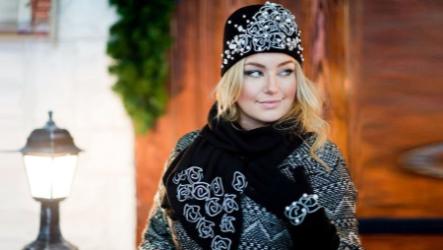 Женский комплект шапка, перчатки, шарф — модели 2021-2022