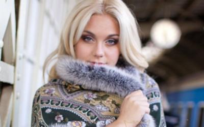 Павлопосадский платок с мехом: как носить, как повязать на голову, как стирать