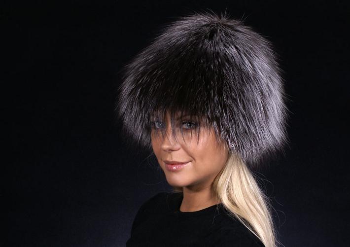 шапка шарик из чернобурки