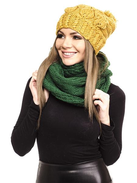 Женский комплект – шапка и шарф