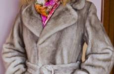 Шубы цвета «колотый лед»: оттенки, модели, стильные образы