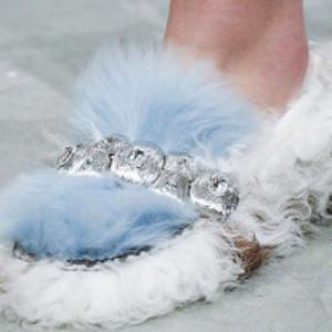 Мех – самый модный материал для отделки обуви