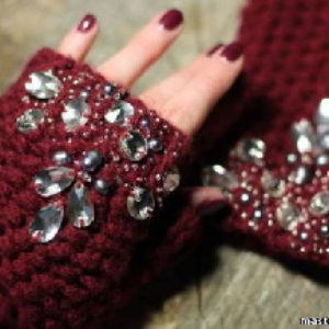 Стильные перчатки без пальцев – в мороз, жару, для красоты.