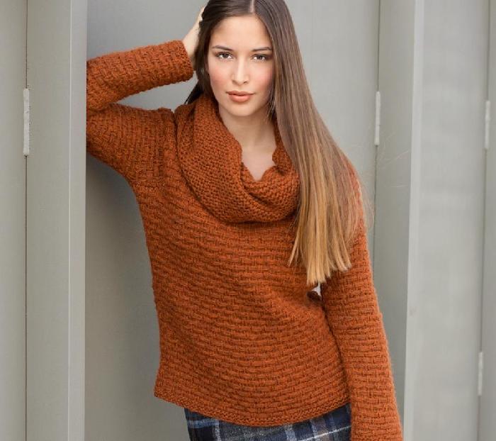 вязание спицами для женщин модные модели 2018 года с описанием
