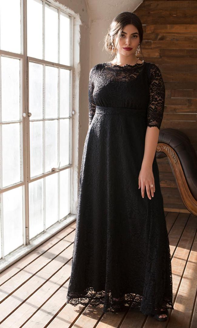 2c3a0d83921f5fa Важно отметить, что декор привлекает внимание к тем частям тела, в области  которого размещено украшение. Именно поэтому кружевное платье для полных  девушек ...