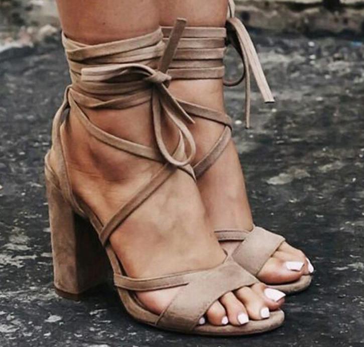 Туфли с округлым носком