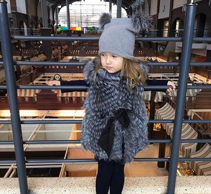 Меховая жилетка для девочек