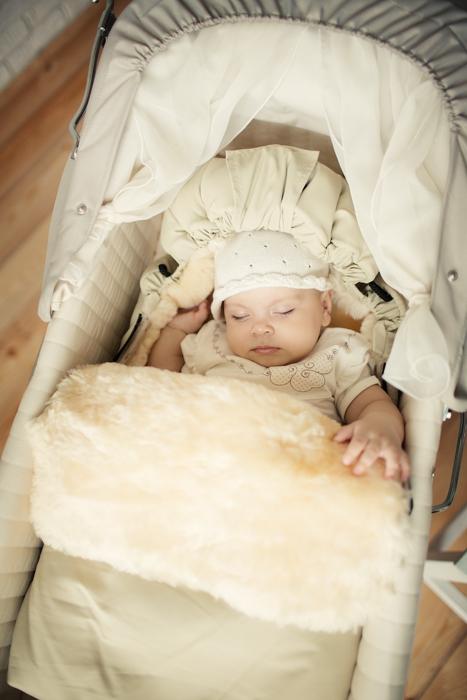 детский меховой конверт в коляску