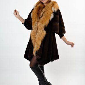 """Шубы у Александра """"на Садоводе"""" – модные и качественные вещи по приемлемым ценам!"""