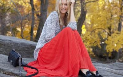 С чем носить юбку плиссе: идеи и стильные образы на фото