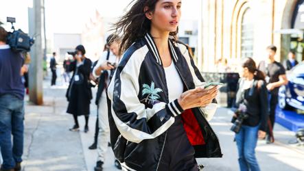 Женские куртки-бомберы 2020-2021