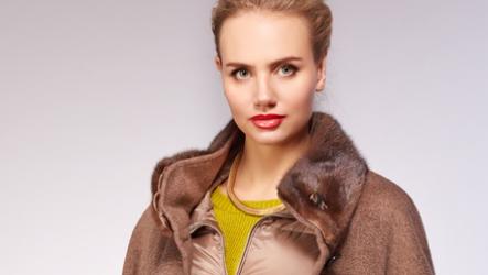 Пальто с мехом норки 220-2021 (с норковым воротником, капюшоном, манжетами, рукавами)