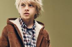Дубленки для мальчиков: что нужно учесть при выборе зимней одежды?