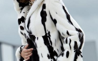 Черно-белая шуба: с чем носить